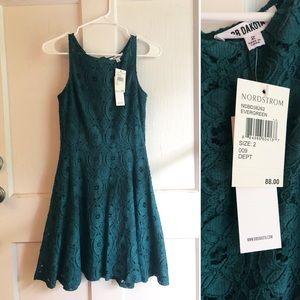 BB Dakota size 2 evergreen lace dress